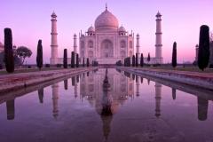 Der Taj Mahal bei Sonnenaufgang - Agra, Indien