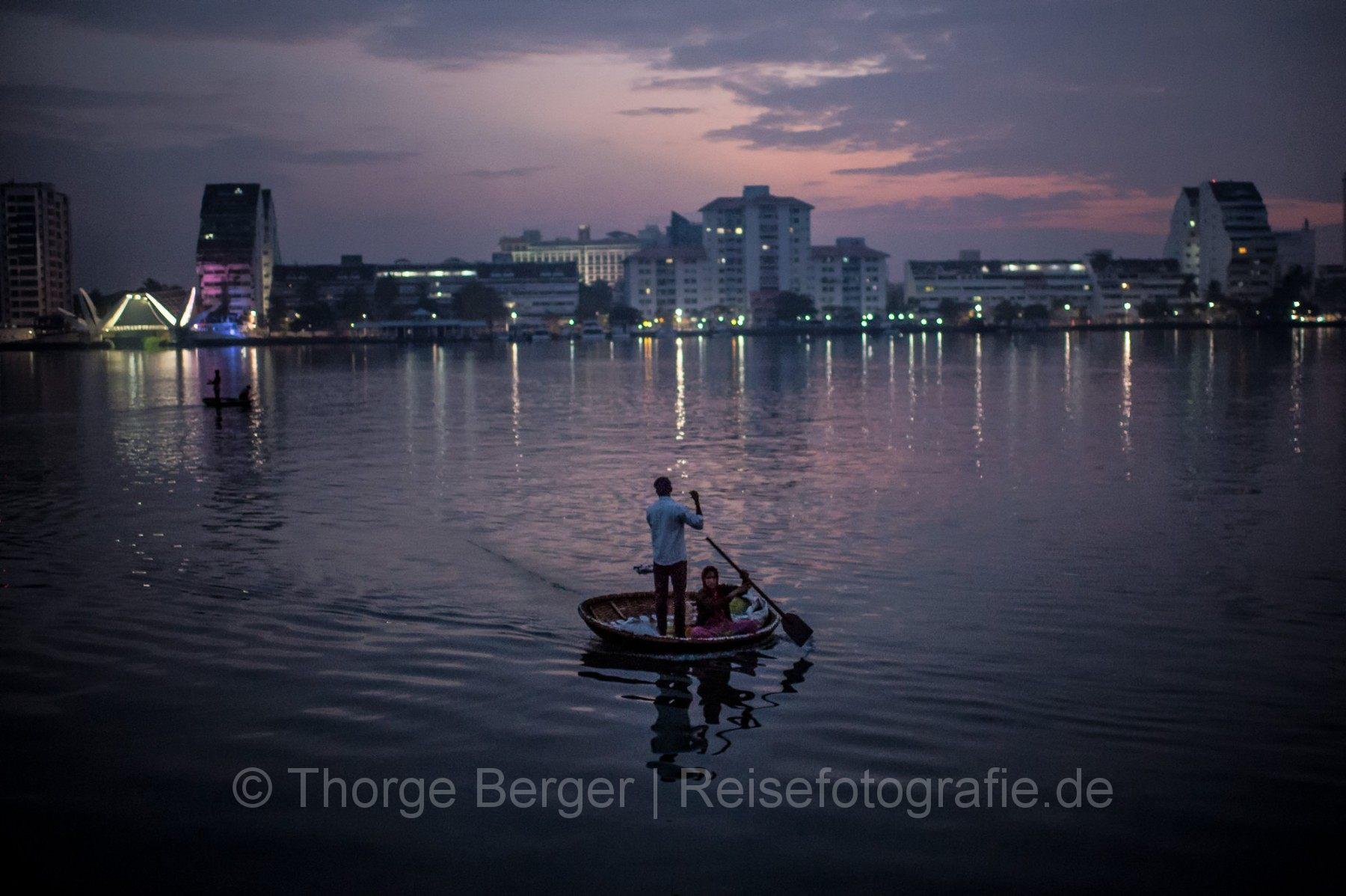 Fishermen in Kochi