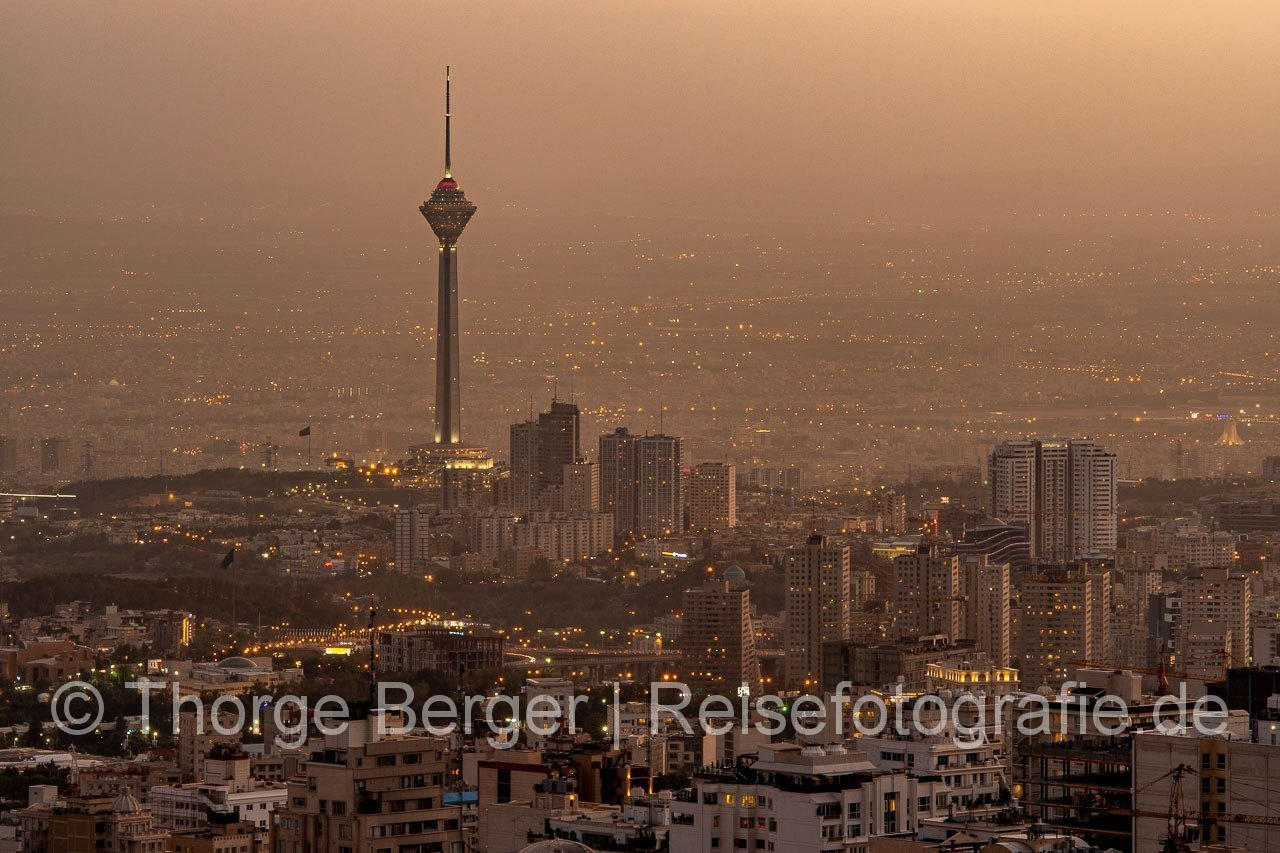 Teheran in der Dämmerung