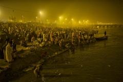 Menschenmassen am Ganges - Kumbh Mela 2013 in Allhabad