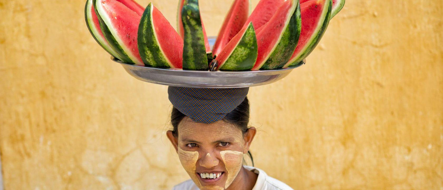 Fotoreise nach Myanmar - Melonenverkäuferin