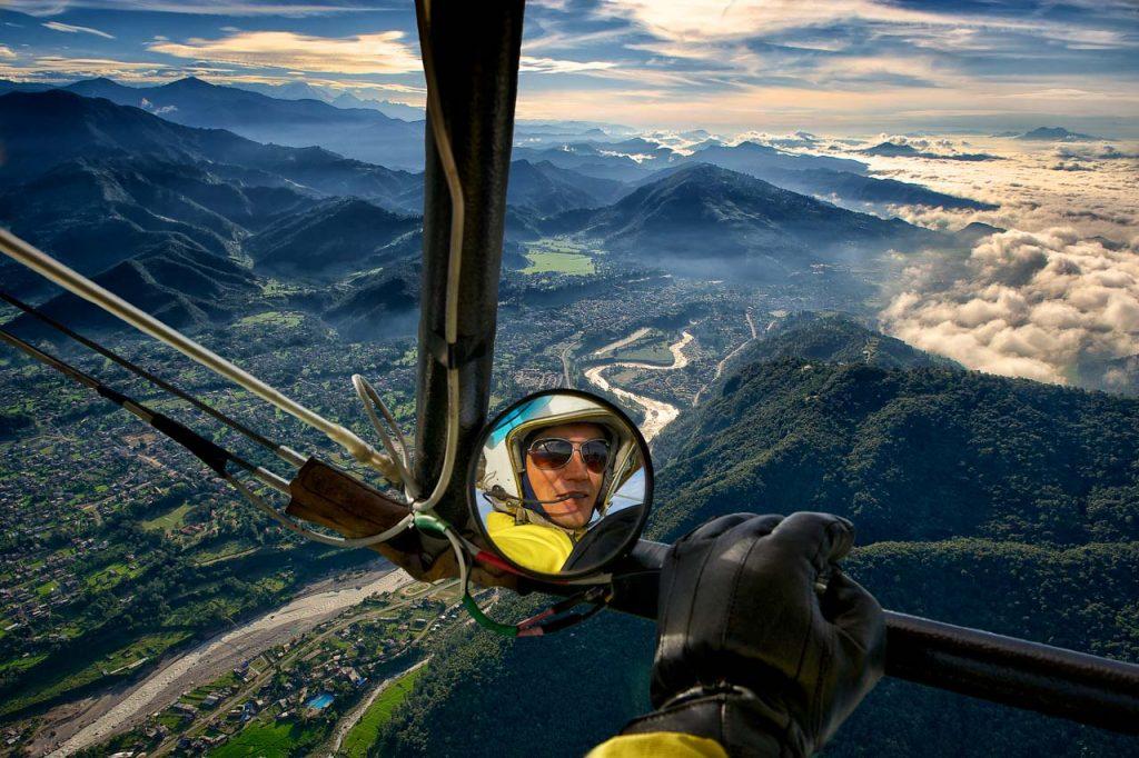 Reisefotografie im Ultraleichtflugzeug in der Annapurna Range